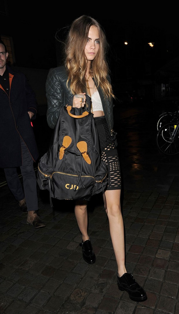 Cara Delevingne and Suki Waterhouse go for dinner at the Chiltern Firehouse Ref: SPL1133795 210915 Picture by: Squirrel / Splash News Splash News and Pictures Los Angeles:310-821-2666 New York:212-619-2666 London:870-934-2666 photodesk@splashnews.com